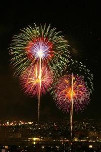Yodogawa-Fireworks-20080809-02[1]
